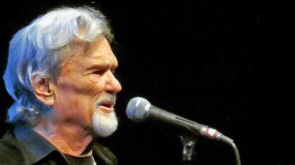 Kris Kristofferson Tearfully Sings A Sweet Song To His 93-Year-Old Nanny