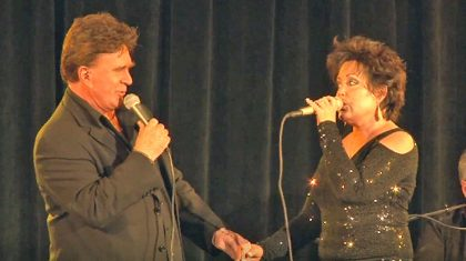 T.G. Sheppard And Kelly Lang's Love Shines Through Medley Of Classic Country Duets