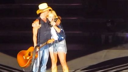 Miranda Lambert & Kenny Chesney Are All Hugs & Kisses During Sweet Duet