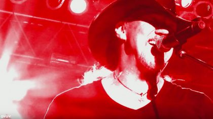 Powerhouse Trace Adkins Delivers Signature Rowdy Jam With New 'Lit' Video