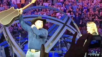 Trisha Yearwood Stops Garth Brooks Mid-Show To Deliver Monumental News