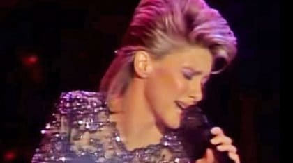 Remember When Olivia Newton-John Stole The Hearts Of Country Fans With Her Cover Of 'Jolene?'