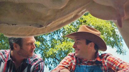 Blake Shelton Teaching Jimmy Fallon How To Milk A Cow Is The Only Thing You Need To See Today