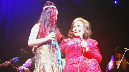 Loretta Lynn Returns To Stage Following Surgery With Special Guest By Her Side