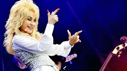 Adorable 4-Year-Old Challenges Dolly Parton With Her Creative Handmade Costume