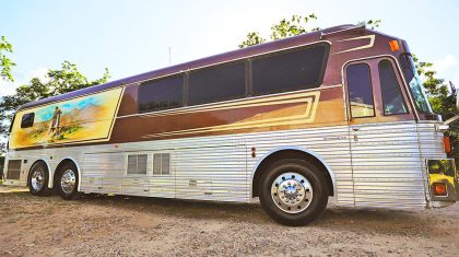 Willie Nelson's Tour Bus Just Sold For How Much?