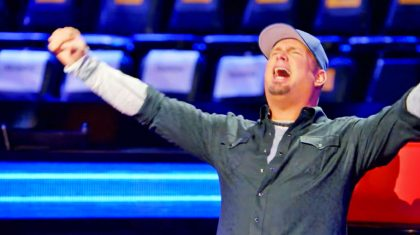 Watch Garth Brooks Hoot 'N Holler During New 'Voice' Episode