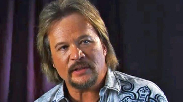 Travis Tritt Speaks Out On Heated Rant About Beyonce's CMA Performance | Country Music Nation
