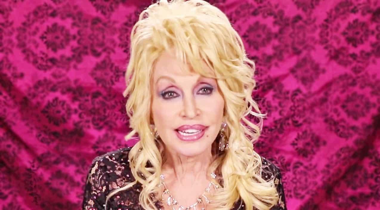 Dolly Parton Facebook