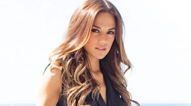 5 Things You Didn't Know About Jana Kramer | Country Music Nation