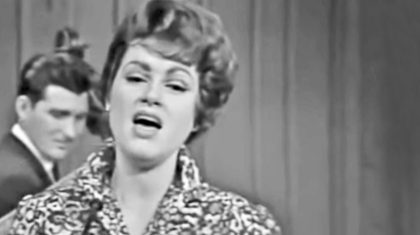 Patsy Cline Is The Picture Of Perfection In Rediscovered Performance Of 'Leavin' On Your Mind'