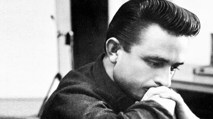 Johnny Cash Strongly Pleas With Struggling 'Junkies' In Chilling Performance