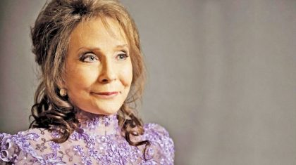 Loretta Lynn Makes Career Defining Announcement