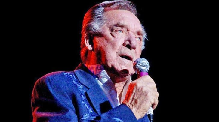 Remembering Ray Price, The Country Hall Of Famer With The Golden Voice | Country Music Nation