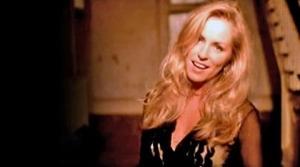 Deana Carter Brings Tears With Heartbreaking Video For 'Strawberry Wine'