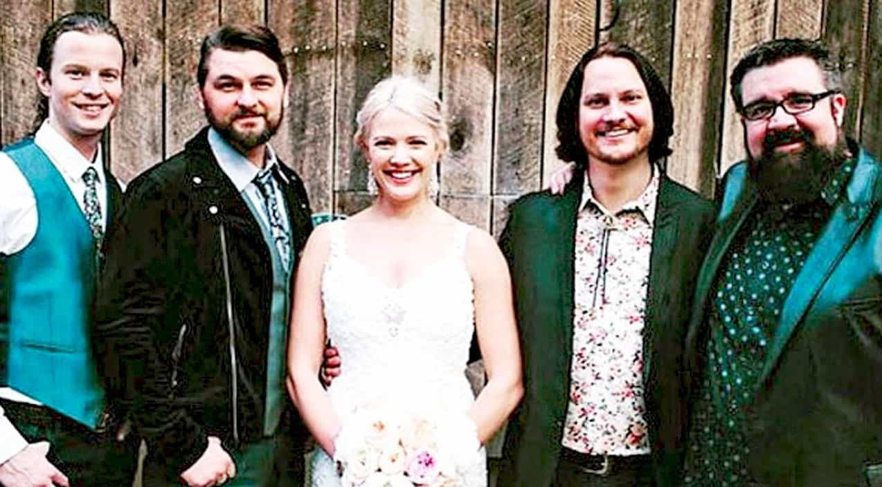 Member Of Popular Country Group Weds In Stunning Nashville Ceremony