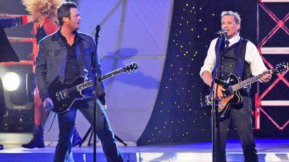 Blake Shelton And Kenny Loggins Rock The CMAs In Surprise 'Footloose' Duet