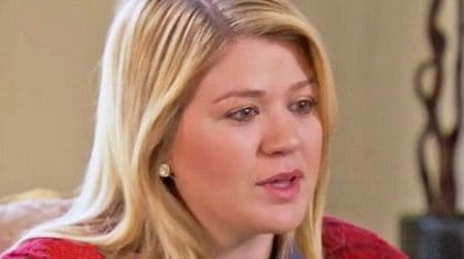 Kelly Clarkson Reveals Details About Doctor's Heartbreaking Wrong Diagnosis