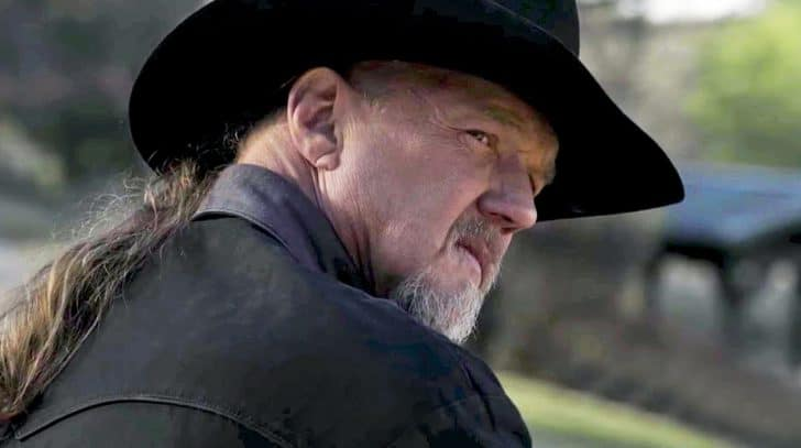 Trace Adkins Offers Fans An Inside Look Into Message Behind Empowering New Single | Country Music Nation