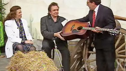 Johnny & June Interview Unexpectedly Becomes Impromptu Performance Of Iconic Hit 'Jackson'