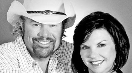 A Photographic Look At Toby Keith & Tricia Covel's Inspiring Love Story