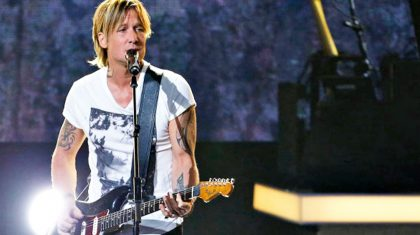 Keith Urban Leaves Crowd Speechless During Emotional Bee Gees Tribute