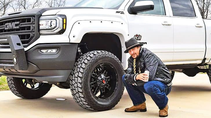 Take A Look At Kid Rock's Insanely Detailed Custom Pickup Truck | Country Music Nation