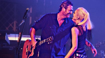 Blake Shelton Melts Gwen's Heart With Onstage Show Of Love