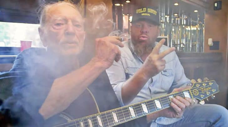 Willie Nelson Stars In Toby Keith's Blazing New Video For 'Wacky Tobaccy' | Country Music Nation