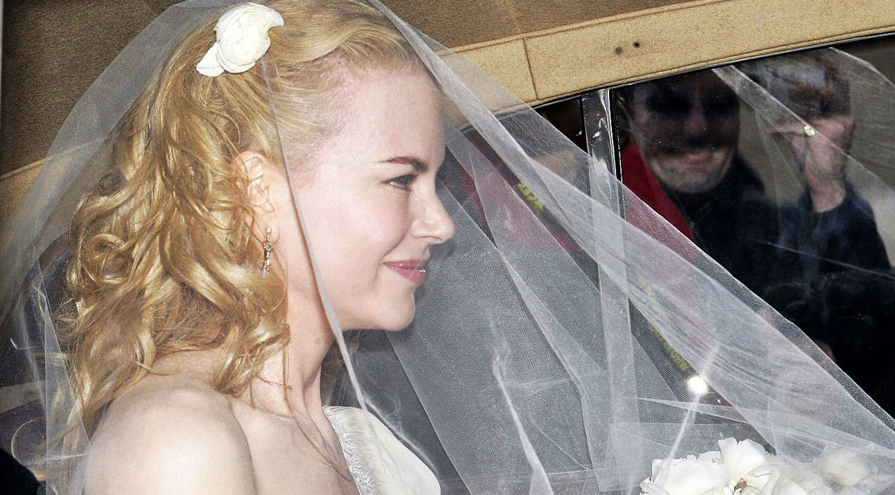 Nicole Kidman Wants To Give Away Her Wedding Dress Country Music
