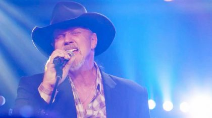 Trace Salutes Those Who Have Served With Thrilling Performance Of 'Still A Soldier'