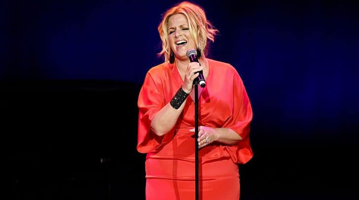 Trisha Yearwood Revamps 'Wizard Of Oz' Tune With Country Twist | Country Music Nation