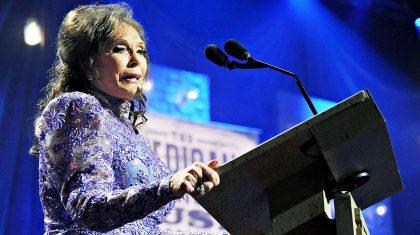 Loretta Lynn Speaks Publicly For First Time Following Stroke