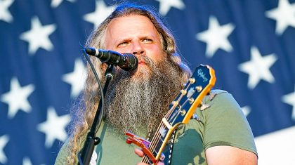 6 Times Jamey Johnson Proved That He's A Total Badass