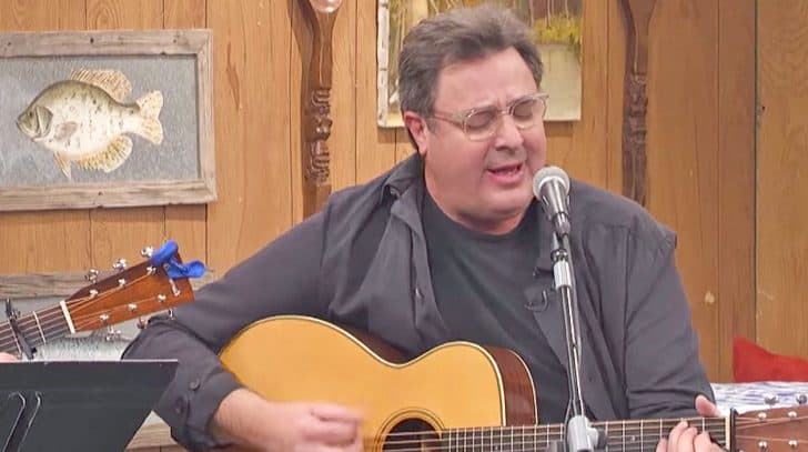 Vince Gill Pours Pure Emotion Into Cover Of Merle Haggard's Somber Song | Country Music Nation