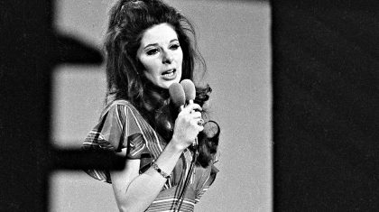 The Secret Life Of Bobbie Gentry & How She Vanished