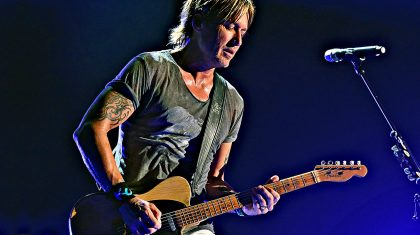 "CMA Fest Enchanted With Keith Urban's Wistful ""Blue Ain't Your Color"""