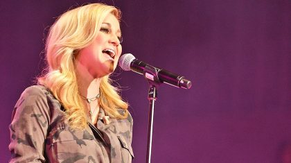 Kellie Pickler Honors Late Grandmother With CMA Fest Performance That Will Tug At Your Heart