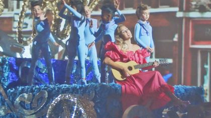 Miley Cyrus Pays Homage To Passed Country Legends In 'Younger Now' Video