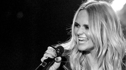 Miranda Lambert Calls Out Country Radio With Powerful 'Tin Man' Performance