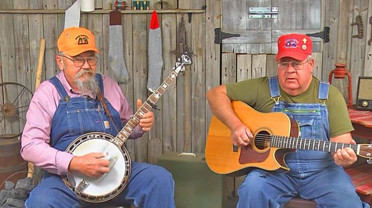 Hillbilly Brothers Sing Hysterical Song About A Rooster Who Saved The Day | Country Music Nation