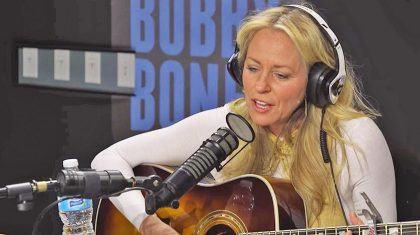 Deana Carter Will Leave You Breathless With Unplugged Performance Of 'Strawberry Wine'