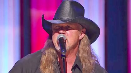 Trace Adkins Showered With Cheers During Impactful Opry Performance Of 'Still A Soldier'