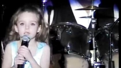 "8-Year-Old Brings Crowd To Tears With Heavenly ""How Great Thou Art"" Performance"