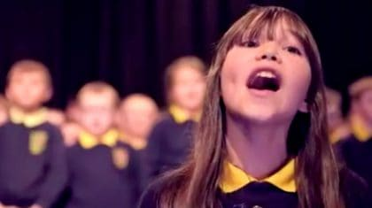 10-Year Old Autistic Girl Sings Jaw-Dropping Version Of Leonard Cohen's 'Hallelujah'