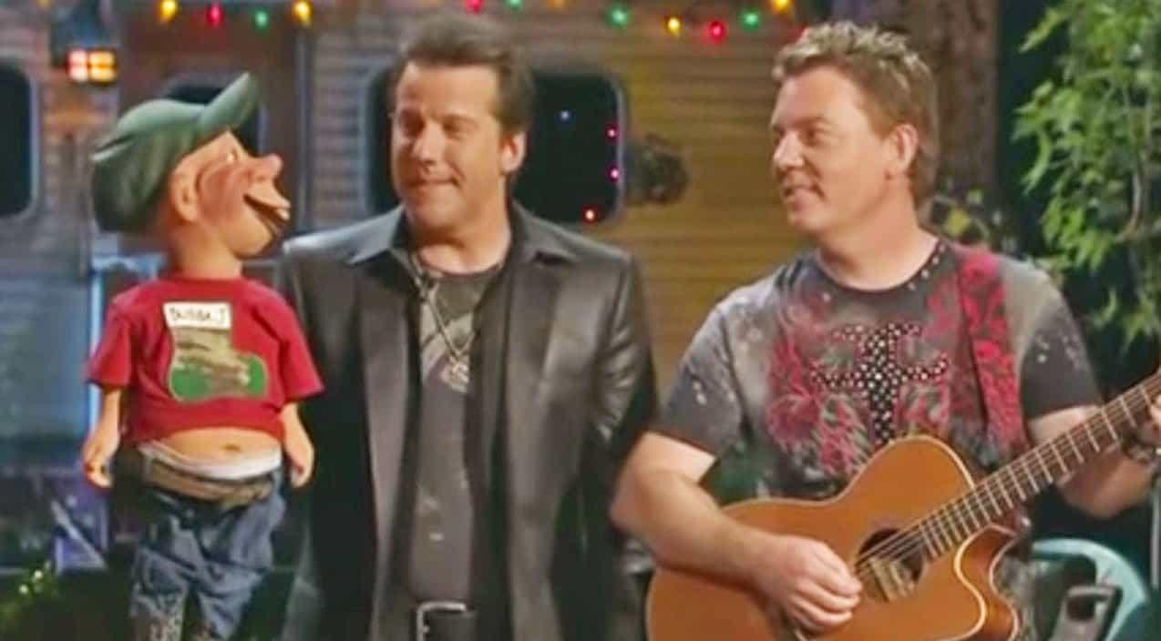 Jeff Dunham\'s Redneck Puppet Sings Wacky Christmas Carol That\'s Too ...