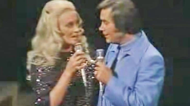 George Jones & Tammy Wynette Perform 'Golden Ring' For First Time Since Divorce | Country Music Nation