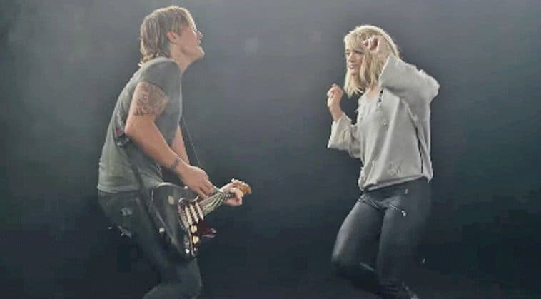 Carrie underwood s dancing steals the show in the fighter for Carrie underwood and keith urban duet