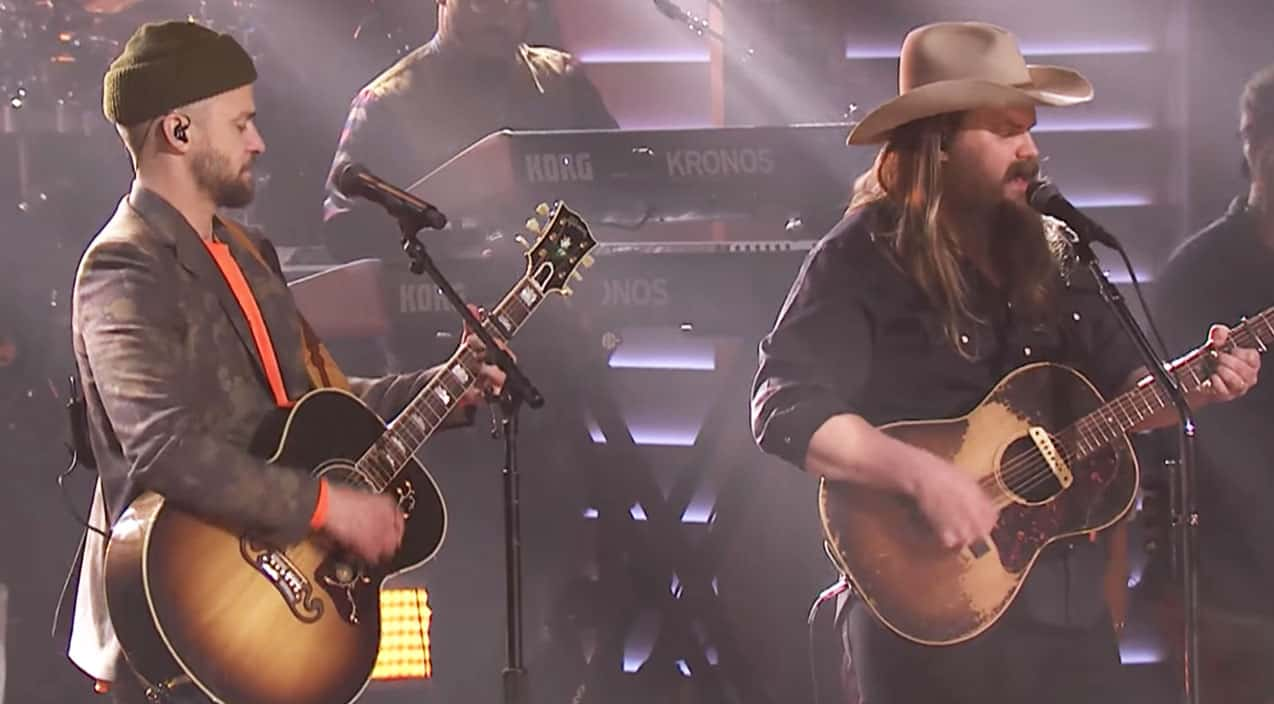chris stapleton surprises fans with first ever live performance of new justin timberlake duet. Black Bedroom Furniture Sets. Home Design Ideas
