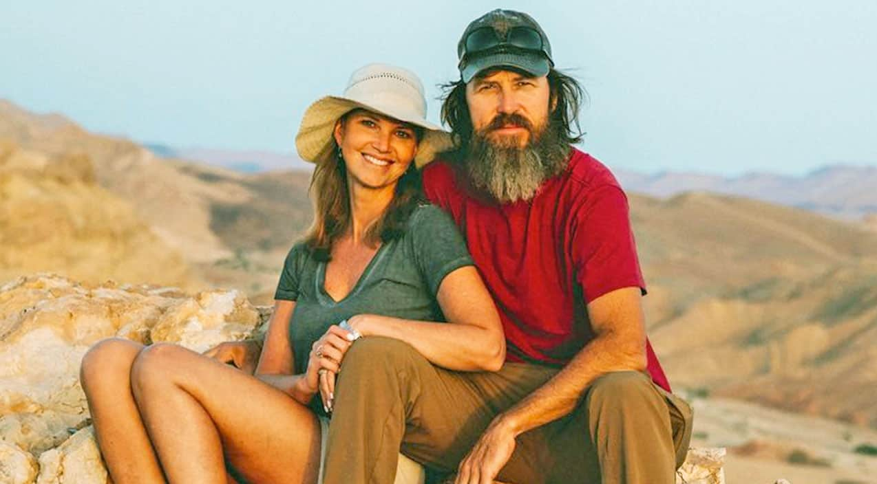 Missy Jase Robertson Welcome Two Teenagers Into Their Family Country Music Nation